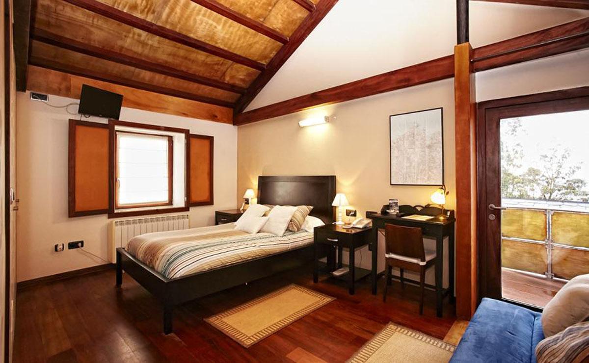 Hotel Semaforo Bares